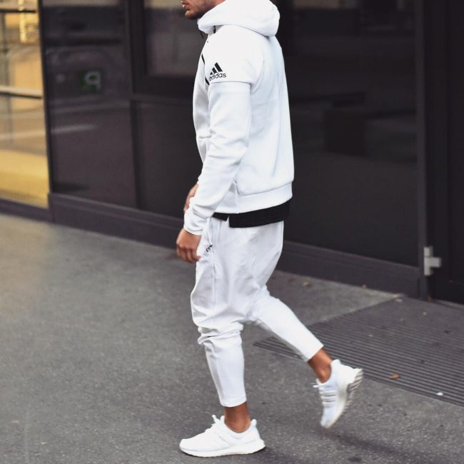 19 Adidas White Hoodie Jogger Suit