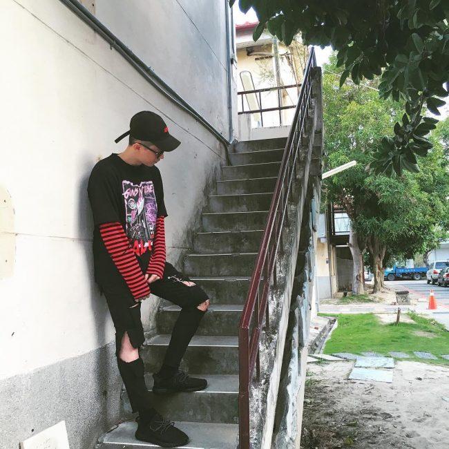 19 Punk Stripe
