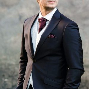 19 Stylish Look For The Groom
