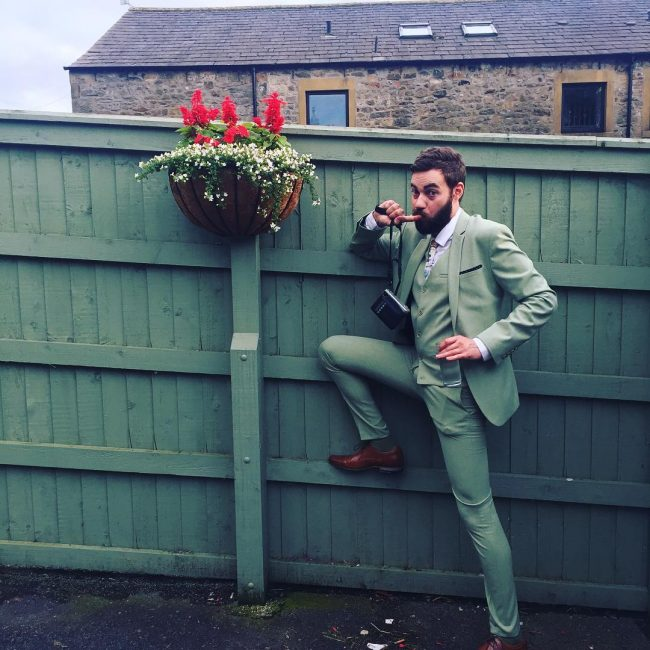 2 Slim Fit Green 3-Piece Suit