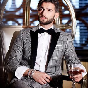 2-tie-with-a-grey-squared-designer-suit