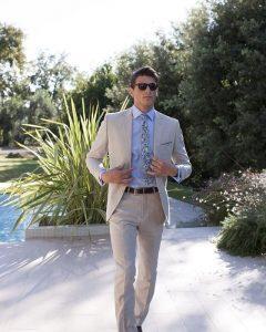 20-dropped-coat-grey-suit