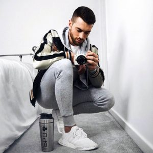 20 Grey Hoodie Joggers Suit with Stylish Detailing