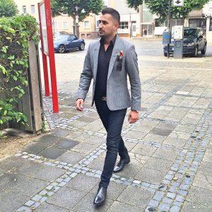 20 Grey Jacket Black Pants V-Shape