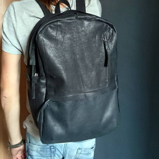 20 Large Men's Rucksack