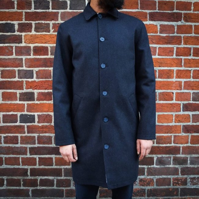 21 Classic Collared Overcoat