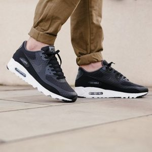 22 Air Max 90 Ultra