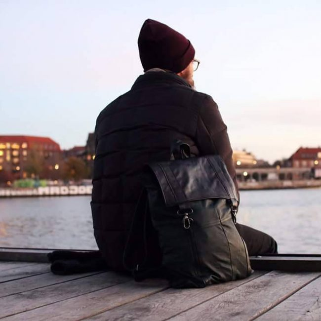 22 Black Backpack & Fitting Brown Pants