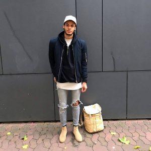 22-light-beige-boots-sport-jacket