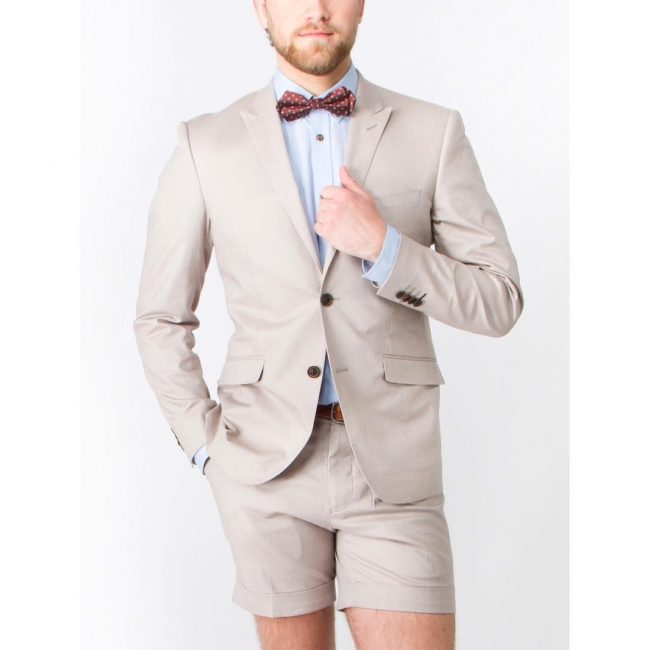 23 Beige Shorts Suit
