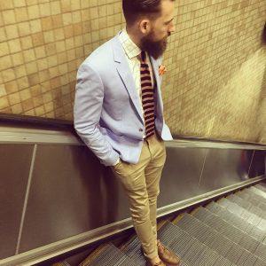 23-clashed-light-coat-suit