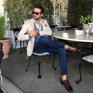 23 Cream White Blazer with Fitting Blue Jeans