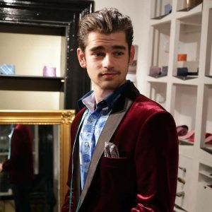 23-the-burgundy-jacket-with-multicolored-shirt