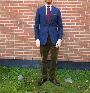 23 With Green Corduroy Trouser