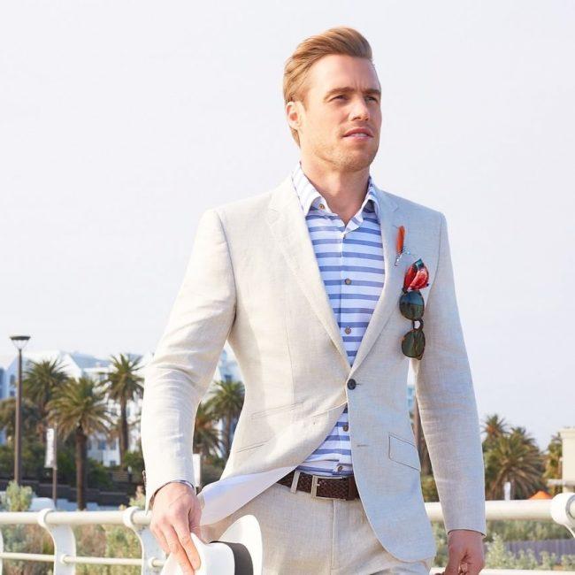25-fitting-lightweight-suit