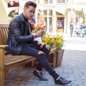 28 Ankle Height Casual Boots & Black Biker Jacket