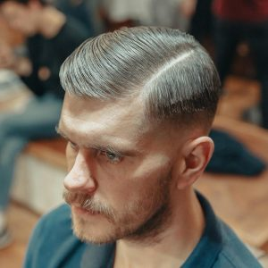 3-sharp-and-sleek-comb-over