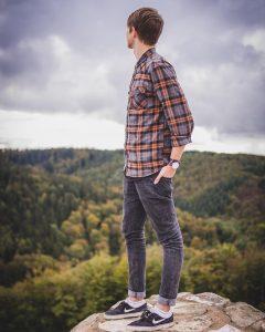 3 Skinny Jeans and Lumberjack