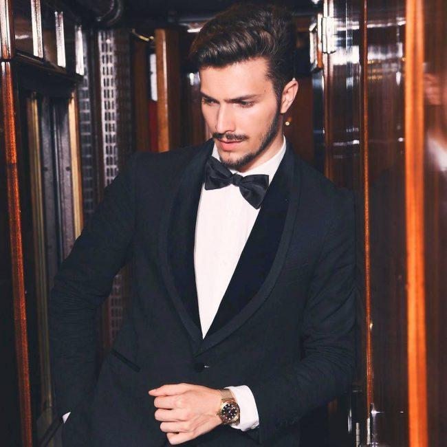 3-tie-with-a-black-tuxedo