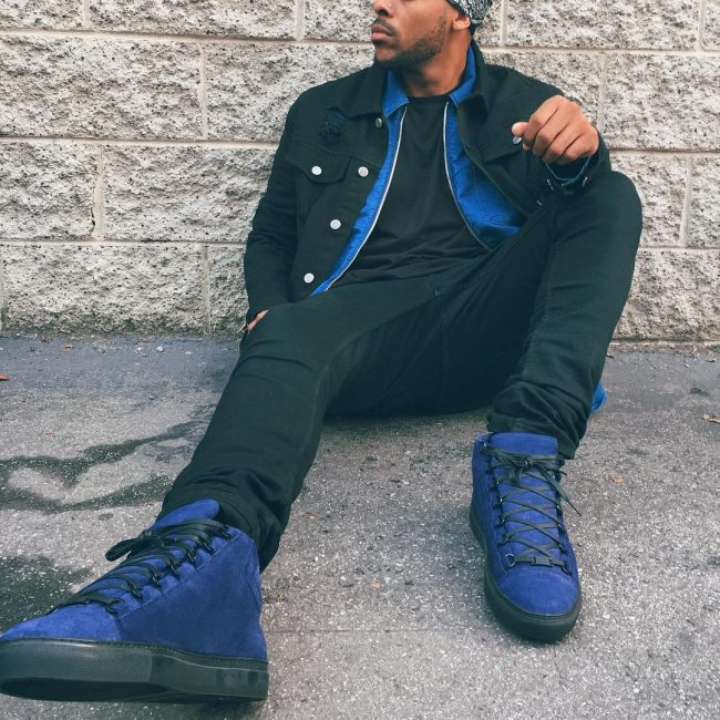 30 Black Denim Outfit and Blue Suede High Tops