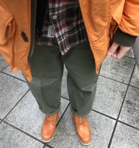 31 Brown Casual Boots and Matching Long Black Jacket