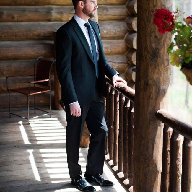31 Elegant Wedding Style For Men