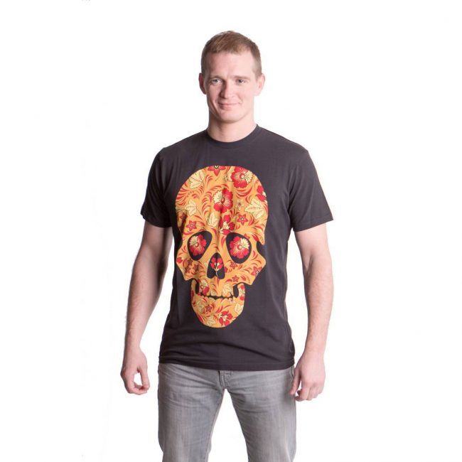 31 Skull Head Tees and Gray Pants