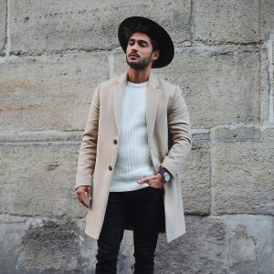 34 Black Skinny Jeans with Matching Fedora Hat