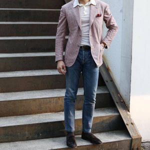 35-collar-t-shirt-with-checkered-blazer