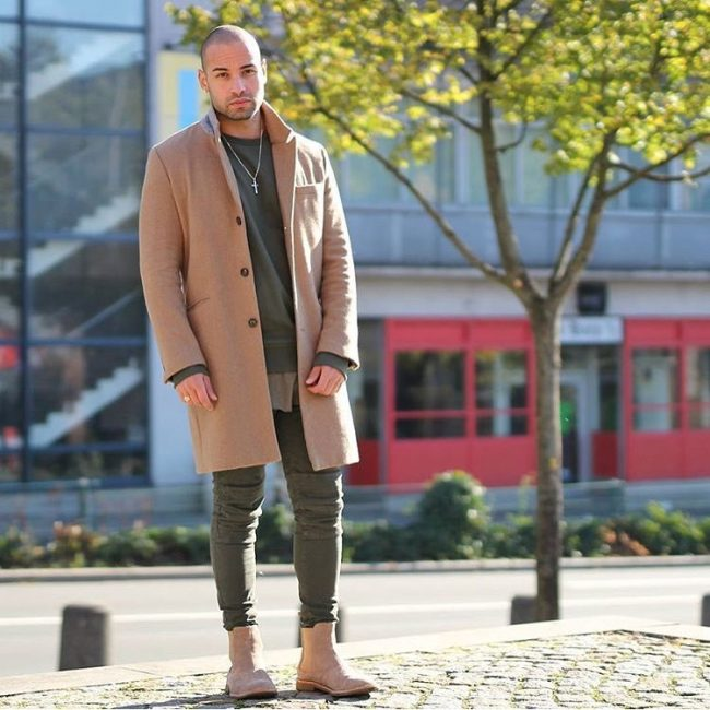 36-brown-boots-long-coat