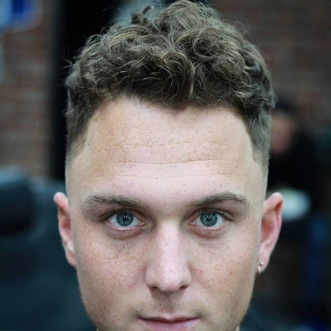 38 Curly Shape-Up
