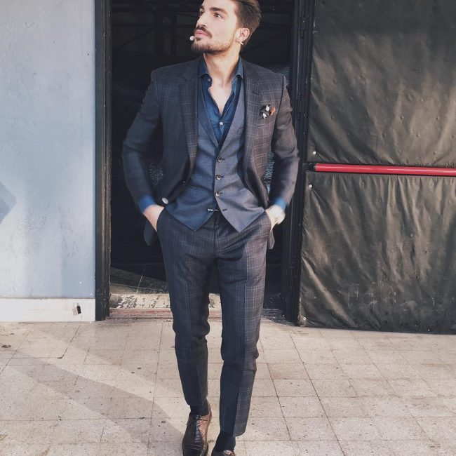 4 Blue Shirt & Checkered Brown 3-Piece Suit