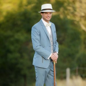 4 Clashed Pale Blue 3-Piece Suit