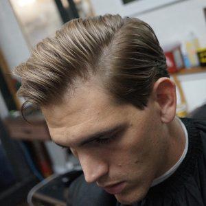 40 Shear Haircut With Blonde Highlights