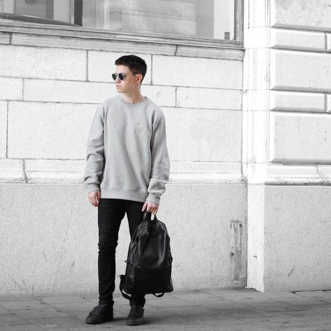 6 Black Backpack & Slim Fit Black Jeans Pants