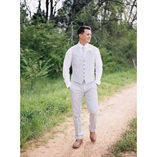 6 Cream White 3-Piece Suit