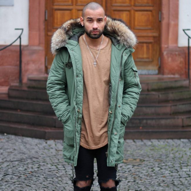 25 Great Ways To Style Parka Coats-Comfortable And Stylish Winter Look