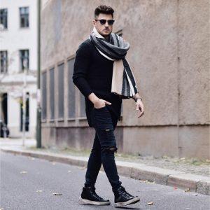 8 Black Rugged Skinny Jeans
