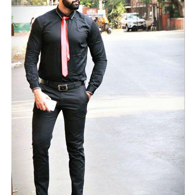 8 Classy Slim Fit Look