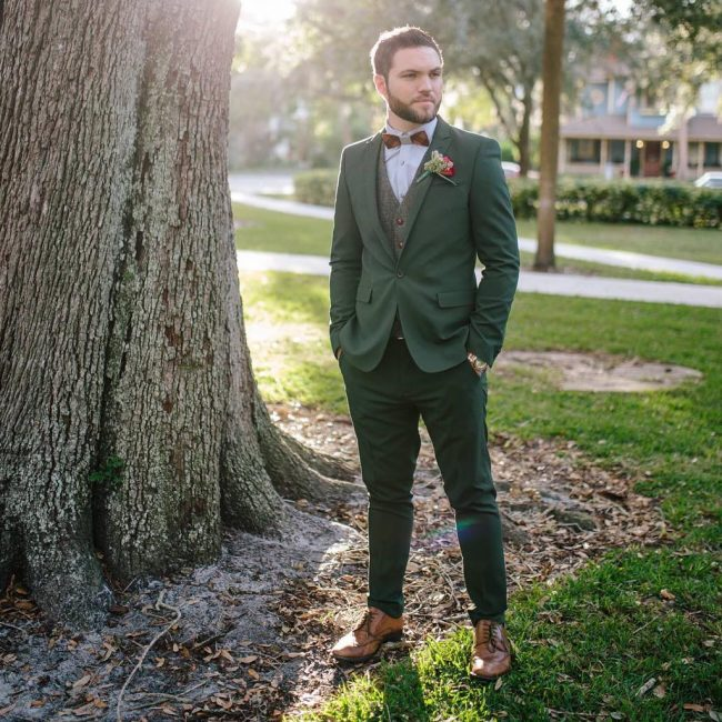 8 Green Fitting Suit & Brown Shoes