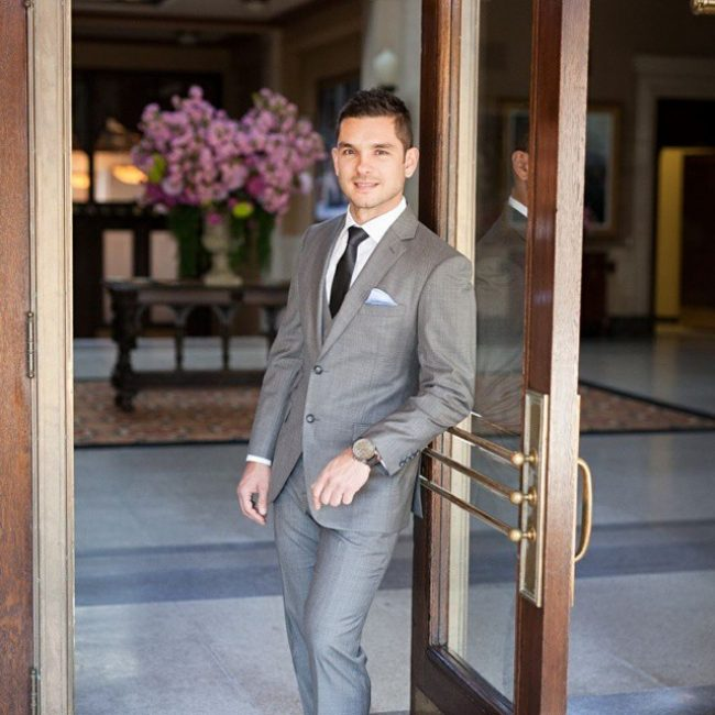 8-grey-3-piece-suit-with-two-back-slots
