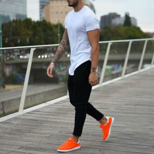 8 Long Tees with Trainers
