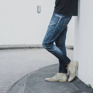 8 Pre-Washed Broken Blue Jeans & Safari Boots