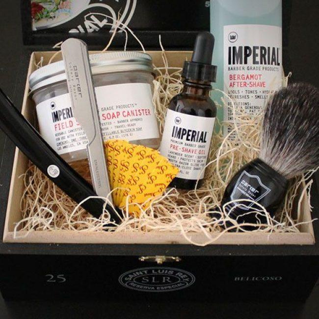 the-frontiersman-straight-razor-shaving-kit