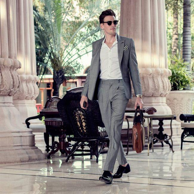 1 Gray Slim-Fit Patterned Suit