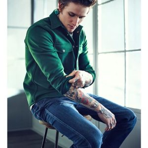 10 Slim Fit Blue Jeans & Green Casual Shirt