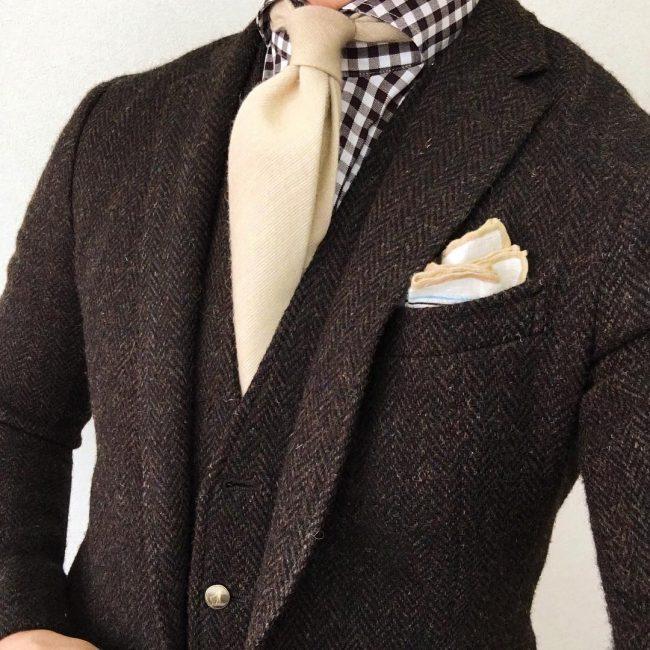 12 Vintage Suit-Up
