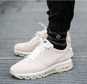 14 Nike Air Max LD Zero Sneakers