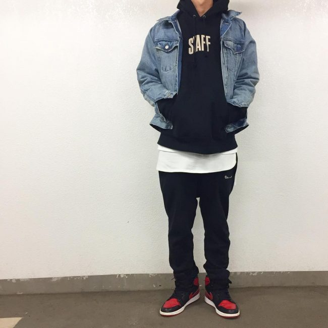15 Hoodie and Nikes