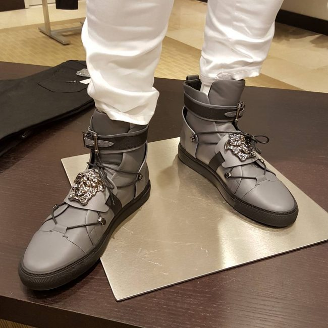 16 Gray Elasticated High-Tops